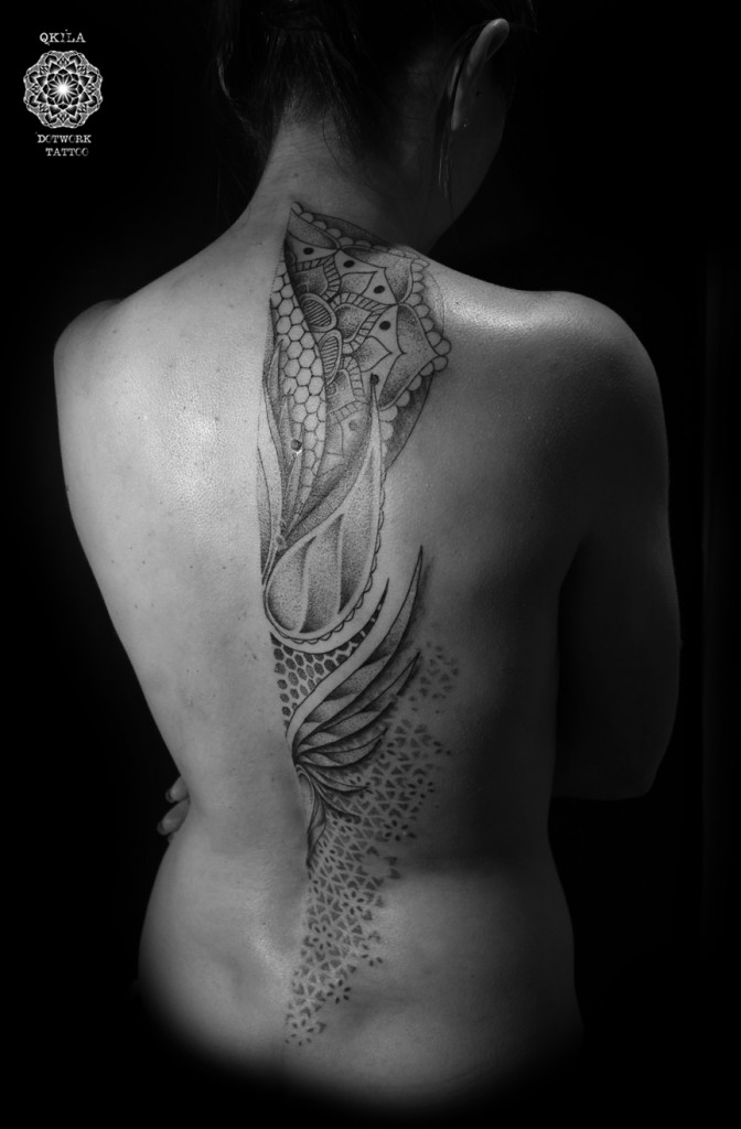 back tattoo dotwork geometric qkila nimes les tatoués anonymes