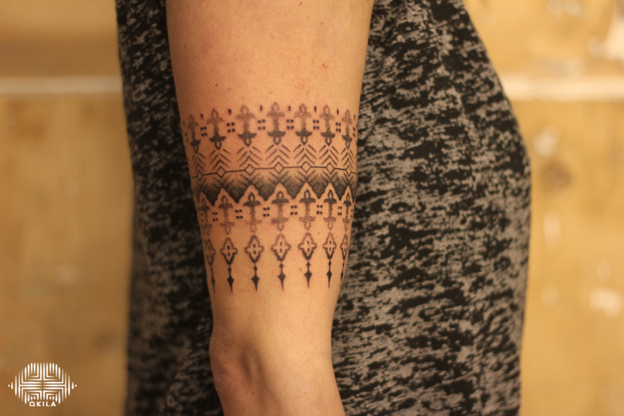 promenade noire,bracelet,black,patterns tattoo,op art, sleeves tattoo, dotwork tattoo, qkila,geometric tattoo, ethnique tattoo, les tatoués anonymes, nimes