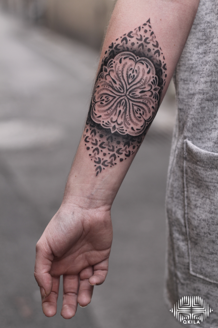 suisse,patterns tattoo,op art, sleeves tattoo, dotwork tattoo, qkila,geometric tattoo, ethnique tattoo, les tatoués anonymes, nimes