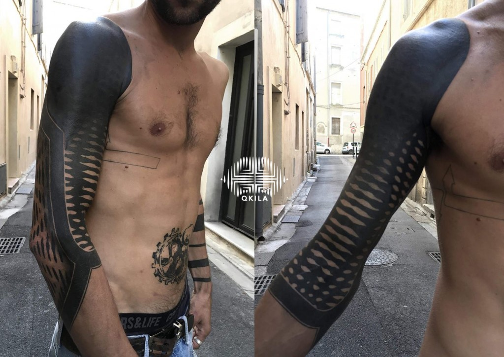 ro,Nimes,patterns tattoo,op art, sleeves tattoo, dotwork tattoo, qkila,geometric tattoo, ethnique tattoo, les tatoués anonymes, nimes